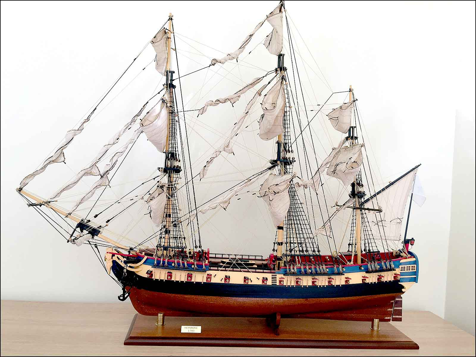 Lafayette's Hermione Ship Model (1779 France)|Large Size|Painted